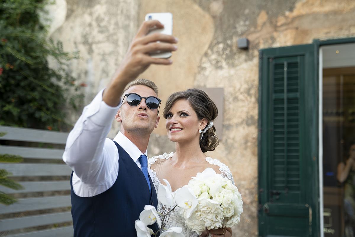 Selfie del matrimonio con la sposa in Sicilia